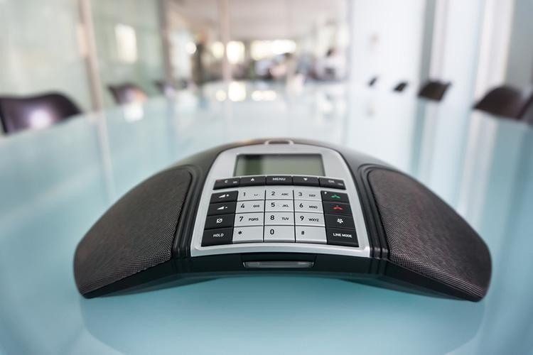 Teleconferencing speaker system – Avicom