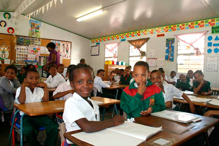 Avicom Supports Sir Lowry's Pass Primary School