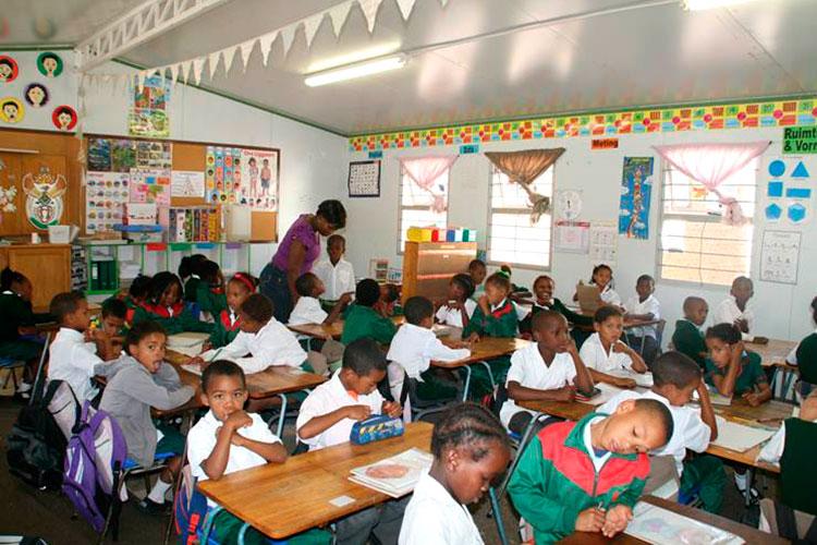 Sir Lowrys Pass School 2
